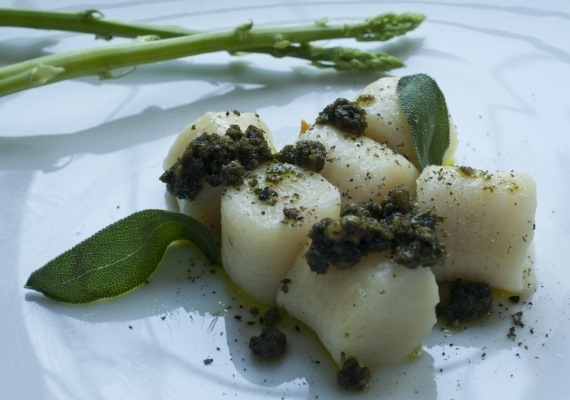 Gnocchi by 1 Tablespoon Gourmet Catering