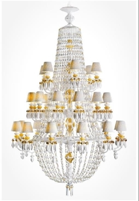 A classic chandelier by Lladro