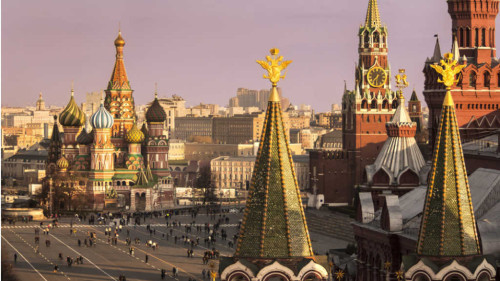 Ideally located on Manezhnaya Square, Four Seasons Moscow offers quick access to Moscow's most famous sites