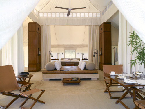 The 16 guests will enjoy luxurious stays at Amanresorts