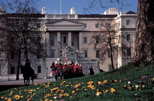 The Lanesborough hotel is located near the Buckingham Palace and overlooks Hyde Park.