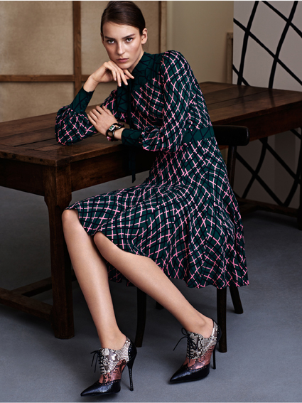 A knee-length dress from Gucci Women's Pre-Fall Collection 2015