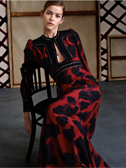 An evening dress from Gucci Women Prefall 2015 Collection