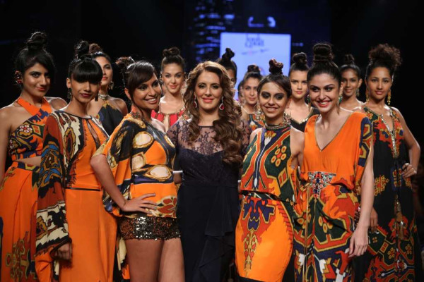 Pria Kataaria Puri (centre), at the Myntra Fashion Week 2014