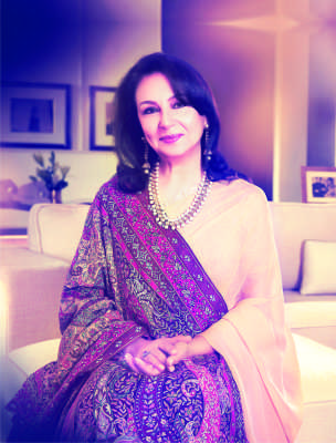 Sharmila Tagore wearing a pashmina shawl by Ahujasons