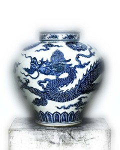 China's influence on Western fashions:Jar with Dragon, early 15th Century