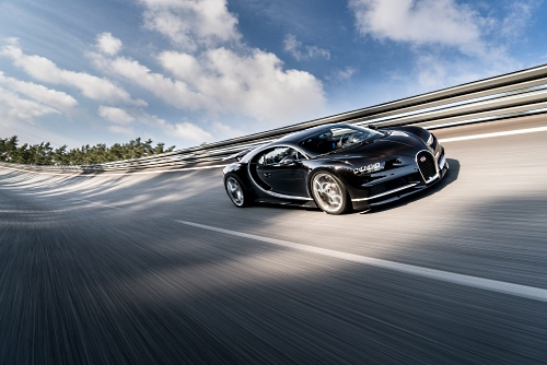 The Bugatti Chiron accelerates from 0 to 100 km/h in less than 2.5 seconds