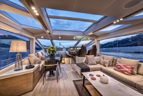 Interiors of 78HT Evolution by Numarine
