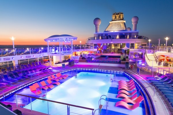 Pool Deck aboard Anthem of the Seas